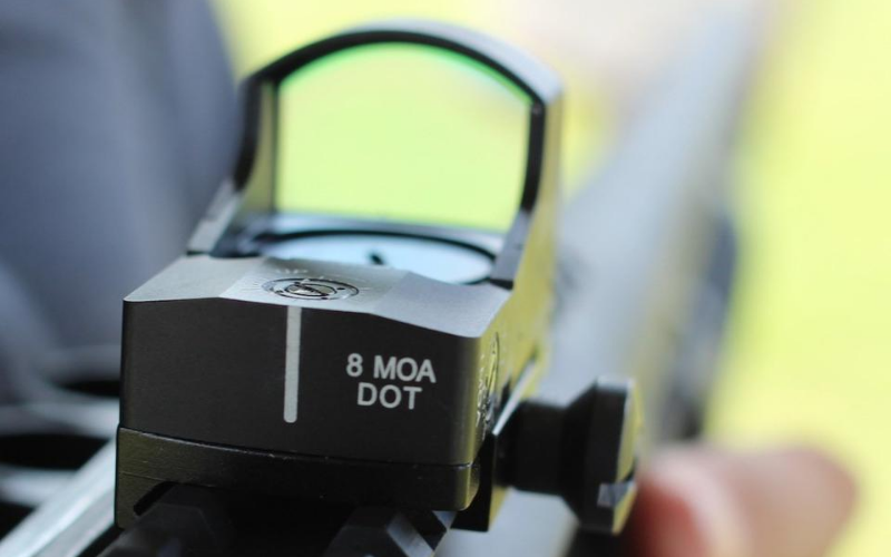 Best Glock Reflex and Red Dot Sights Buyers Guide